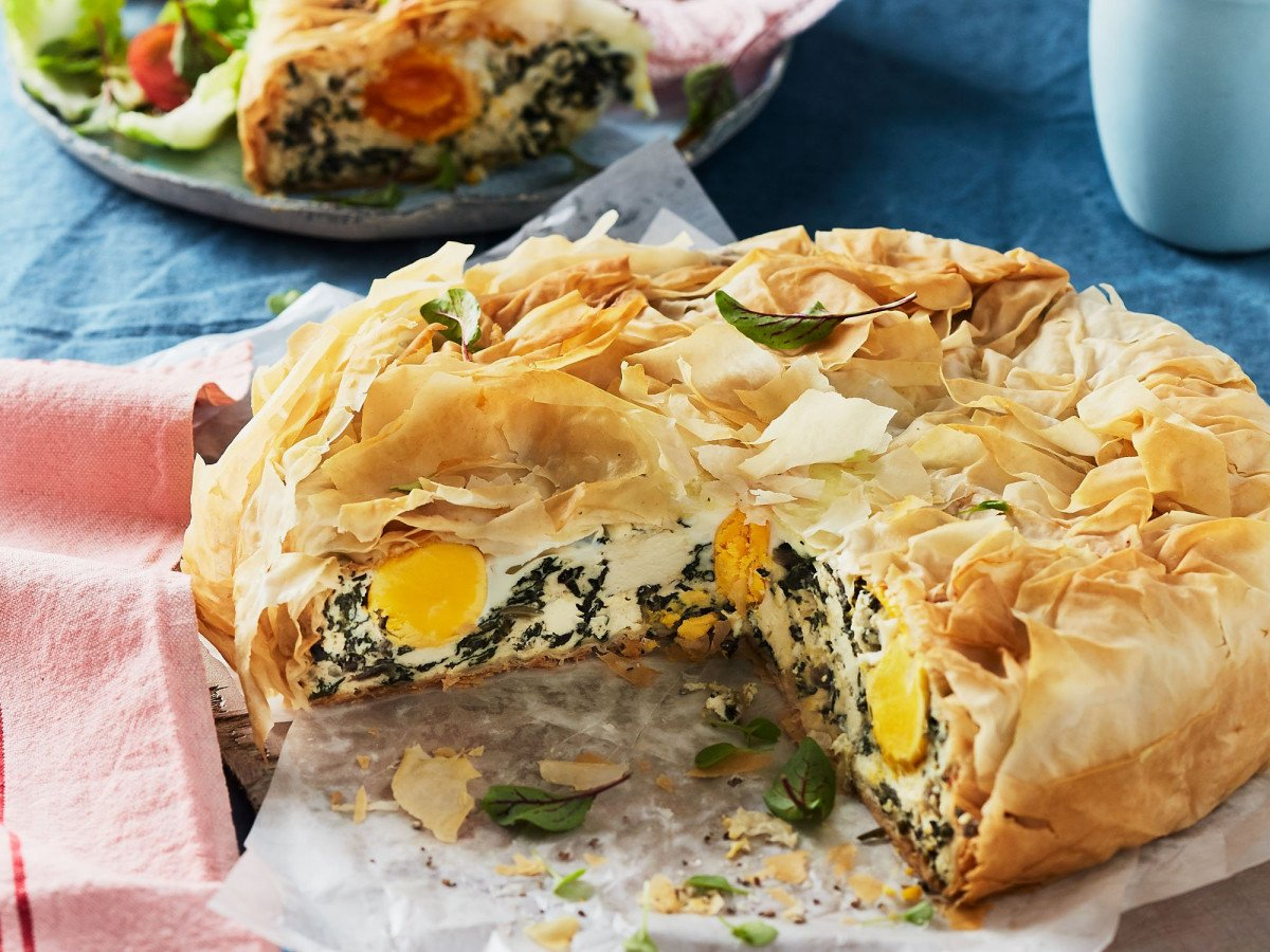 Spinach and egg pie 1 web