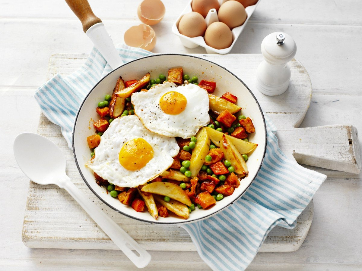 aussie bubble squeak with fried egg 7469
